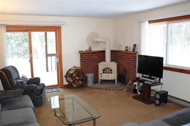Living room 10 Notchview #4, Lincoln, NH 03251 Alpine Lakes Real Estate