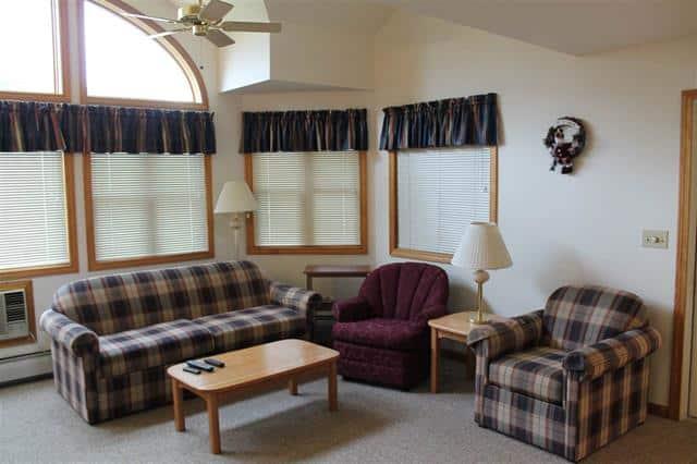 Living Room 1640 Daniel Webster Highway#40, Woodstock, NH 03262 Alpine Lakes Real Estate