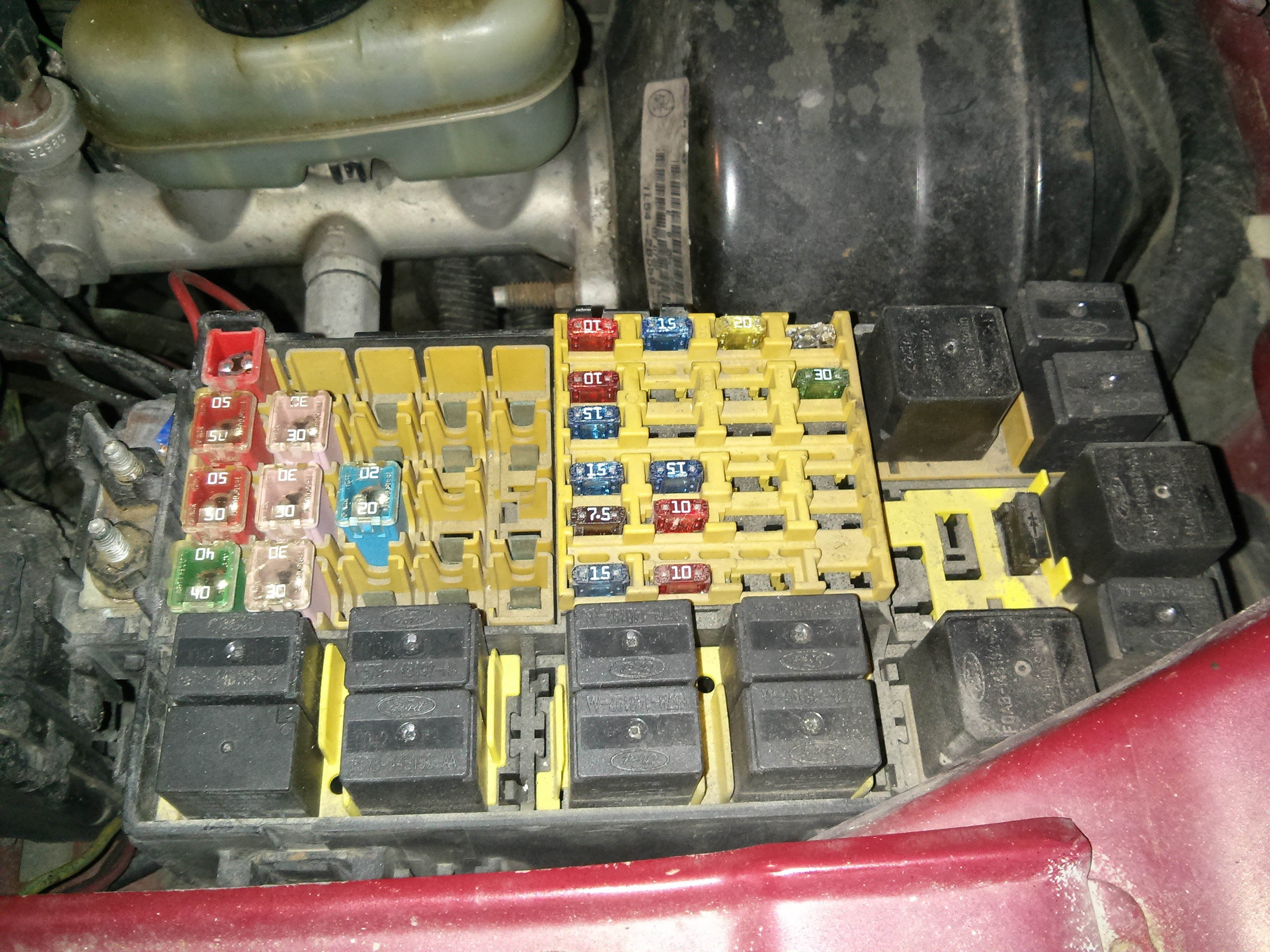 2001 Ford Explorer Sport Fuse Box Great Design Of Wiring Diagram Battery Light On And Not Under Hood 2004 Location
