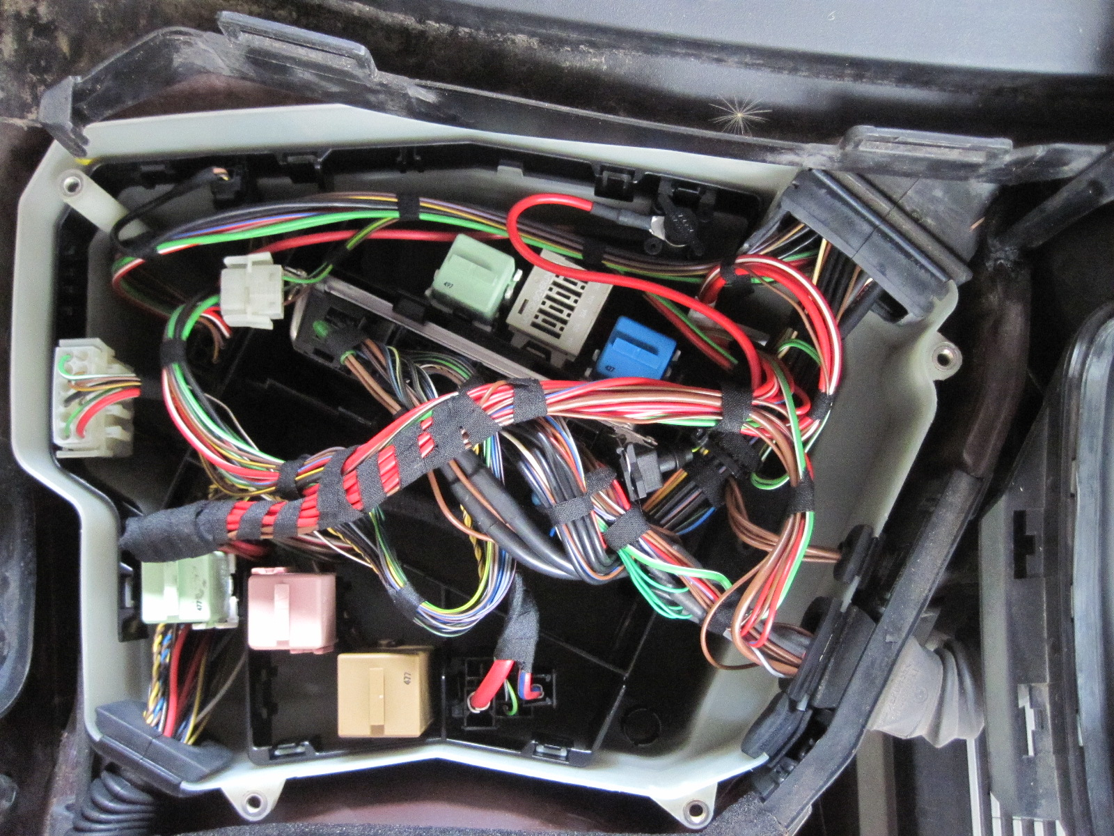 cannot connect to dme bmw m5 forum and m6 forums 2008 bmw 328i fuse box diagram 2011 bmw 328i fuse box diagram wiring schematic