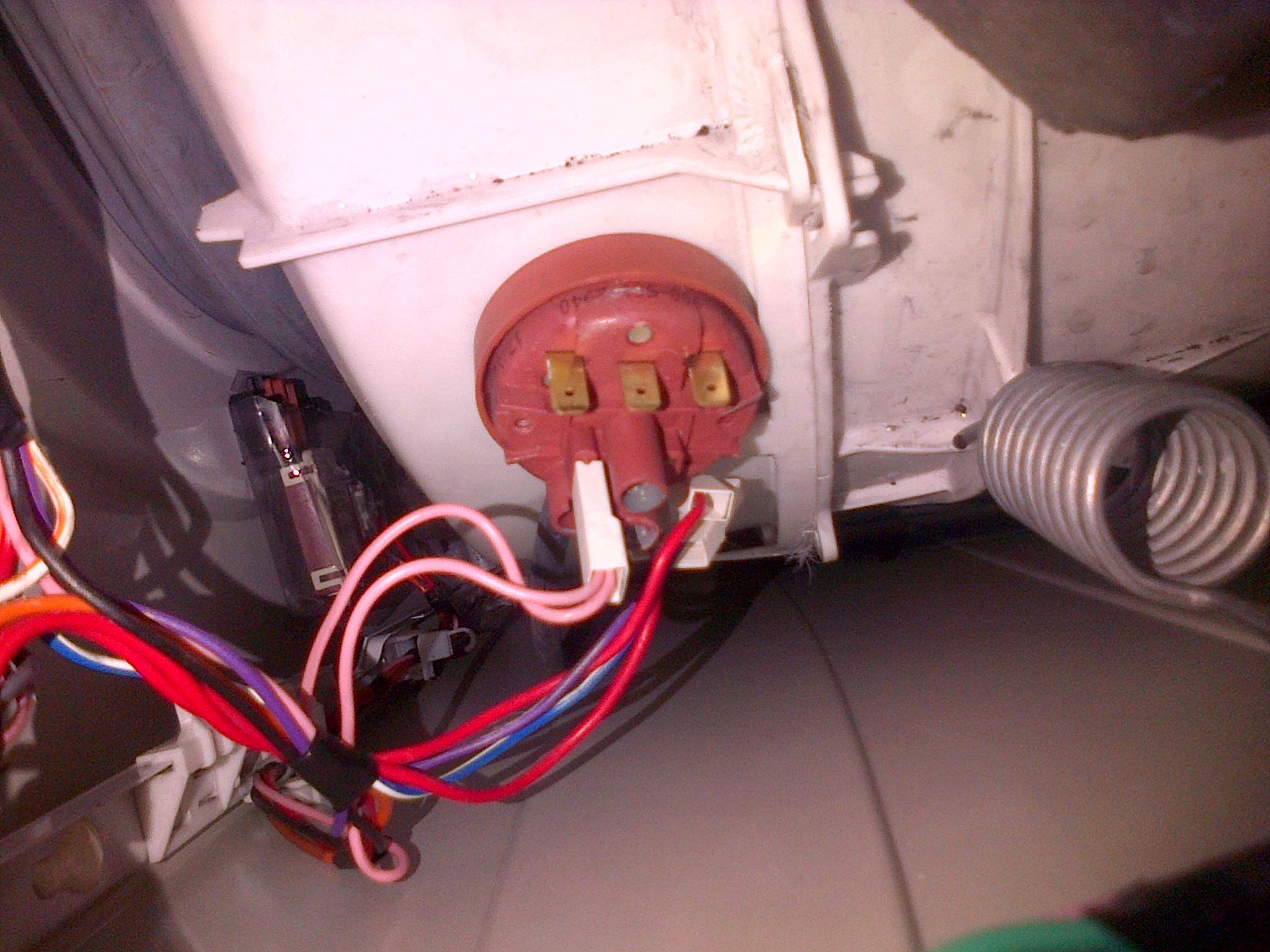 beko wm5100w washing machine i was changing the door rubber. Black Bedroom Furniture Sets. Home Design Ideas