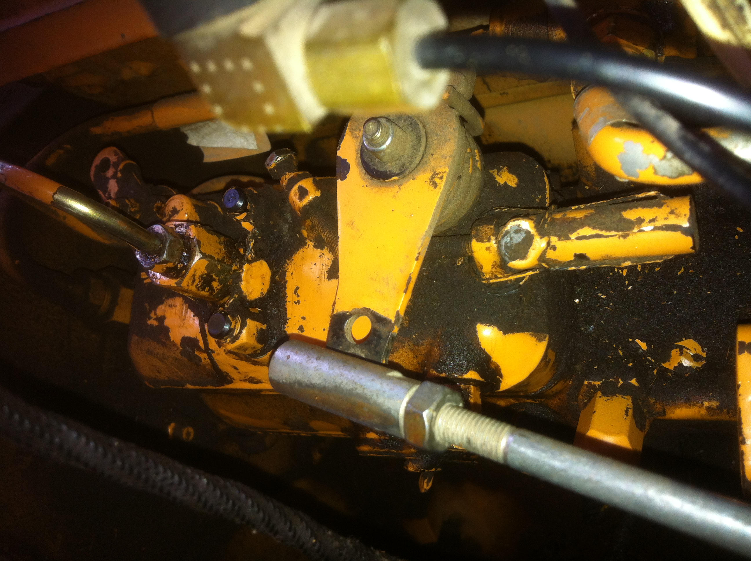 Fuel Injector Wire Diagram Control Wiring Honda Is There Just One Pump On A Case 1840 Skidsteer Lt1