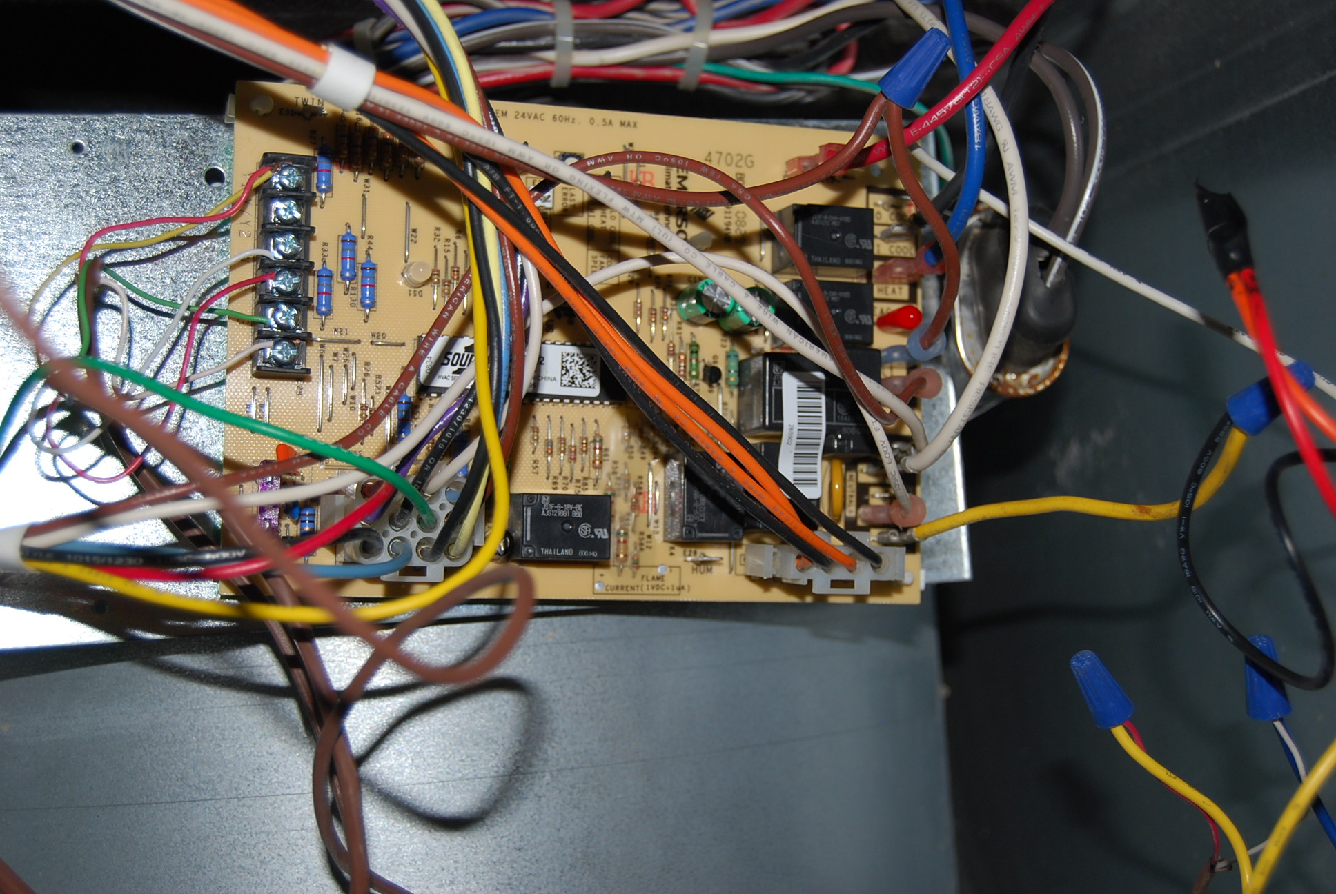 2010-05-26_224311_DSC_0218 York Diamond Blower Motor Wiring Diagram on york ac wiring diagram, york diamond 90 air cycler, york heat pump diagram, york wiring schematics, york heat pump thermostat wiring, york diamond 80 repair, york diamond 80 transformer, york thermostat wiring diagram, york diamond 90 parts, gas furnace diagram,