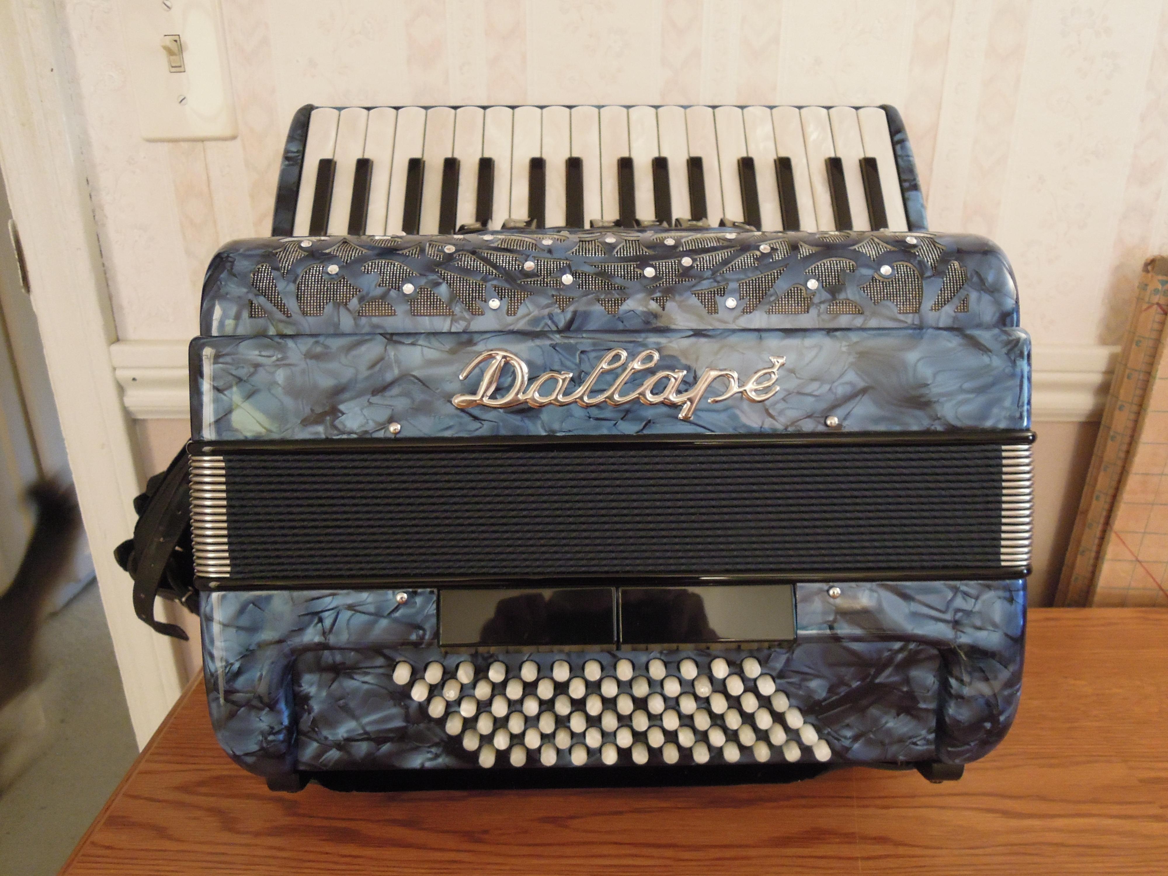 gabbanelli accordions for sale - photo #36