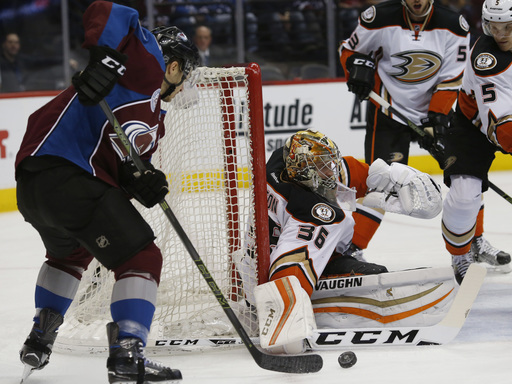 Jakob Silfverberg scores twice as Ducks beat Avalanche 5-3 4f96b3adc2aa