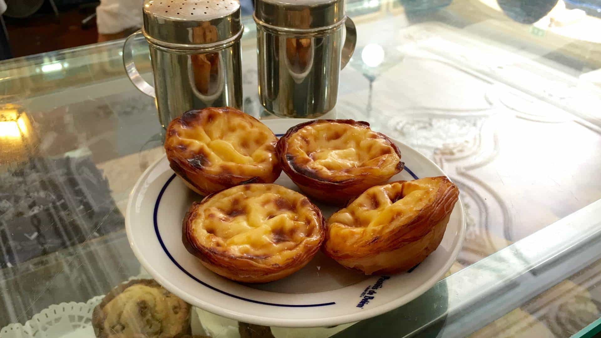 best pastel de nata in lisbon pasteis de belem vs manteigaria fab meets world. Black Bedroom Furniture Sets. Home Design Ideas
