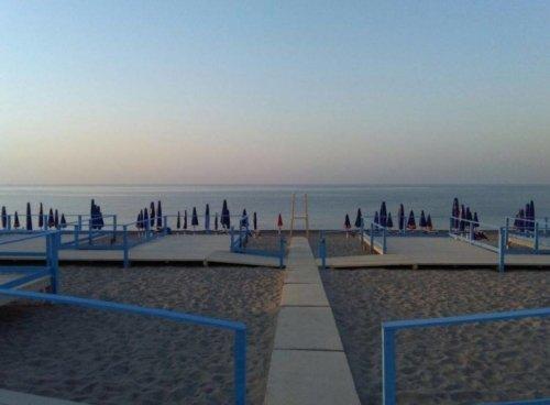 accessible-beach-Valentino