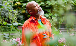 Ambient pioneer Laraaji to host laughter workshop at Cafe Oto