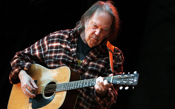 Neil Young announces the tracklist and release date for new album Storeytone