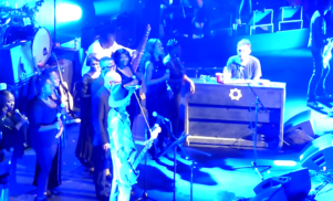 Watch Damon Albarn reunite with Blur's Graham Coxon, play with Brian Eno and De La Soul