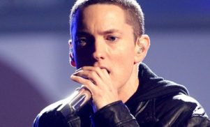 Eminem previews alternate version of 'Lose Yourself'