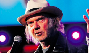 "Neil Young calls vinyl revival ""a fashion statement"""