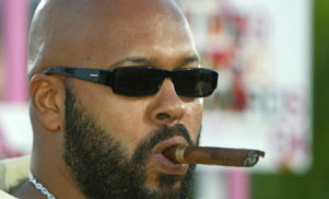 Suge Knight to stay behind bars for another six weeks