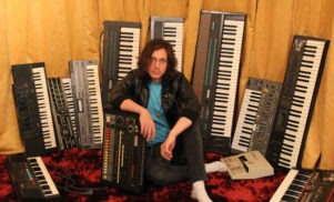 Legowelt crafts free Clapernicus clap synthesizer on Ableton 9 for all your clapping needs