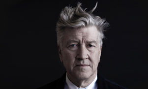 The Twin Peaks cast are actually begging David Lynch to return to reboot