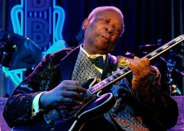 Blues icon B.B. King dies aged 89