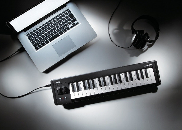This guide tells you how to use a MIDI controller with Google Chrome