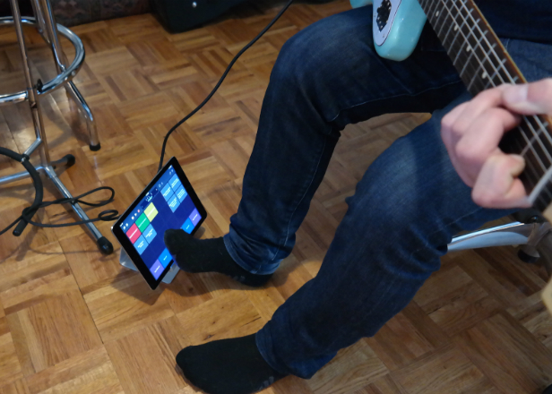 turn your ipad into a pedalboard with the logic remote app. Black Bedroom Furniture Sets. Home Design Ideas