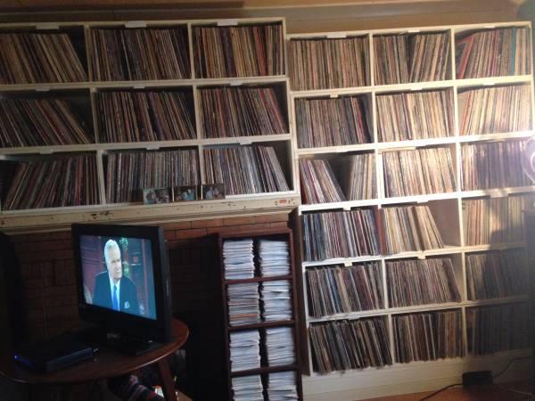 vinyl-estate2-240615