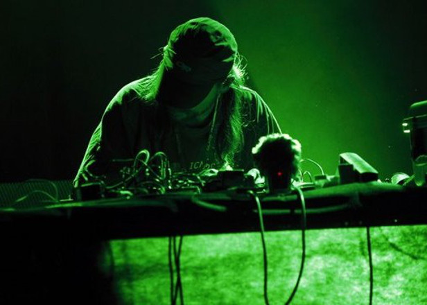 "Russell Haswell readies ""Mills and Hood-era Hardwax"" inspired LP for Diagonal"