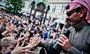 Omar Souleyman writes letter to Syria, dedicates all shows to refugees