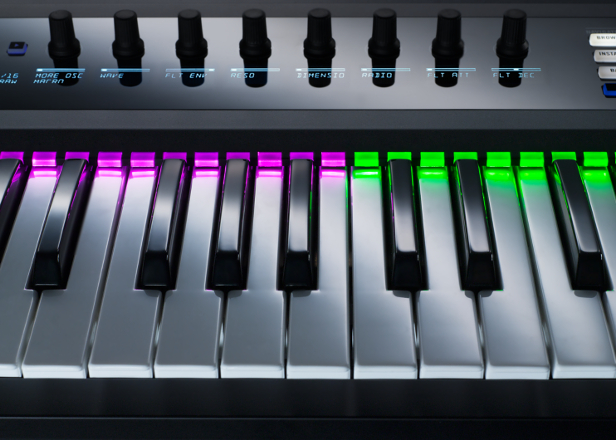 Native Instruments' Kontrol keyboards to get full plug-in support