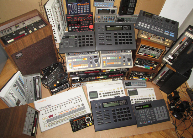 This insane 1000-strong eBay haul has almost all the Roland gear you could want