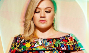 "Kelly Clarkson: ""I was blackmailed into working with Dr. Luke"""