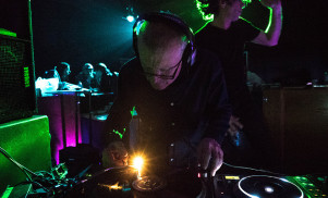 Watch a BBC mini-doc on snooker star turned DJ Steve Davis