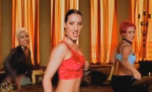 This piano version of Alice Deejay's Eurodance hit 'Better Off Alone' will break your heart