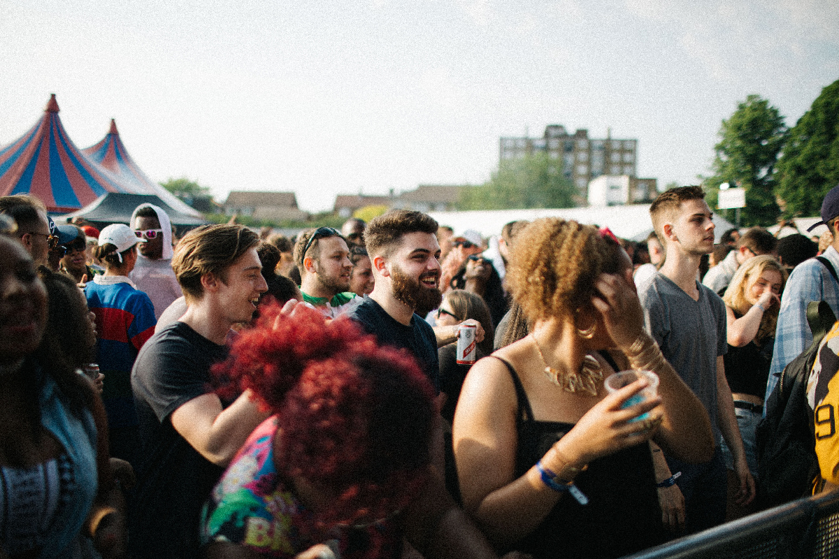 Crowd at Main Stage 2