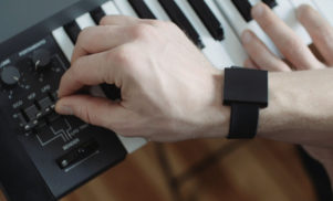 """Watch-sized subwoofer for your body"" launches on Kickstarter"