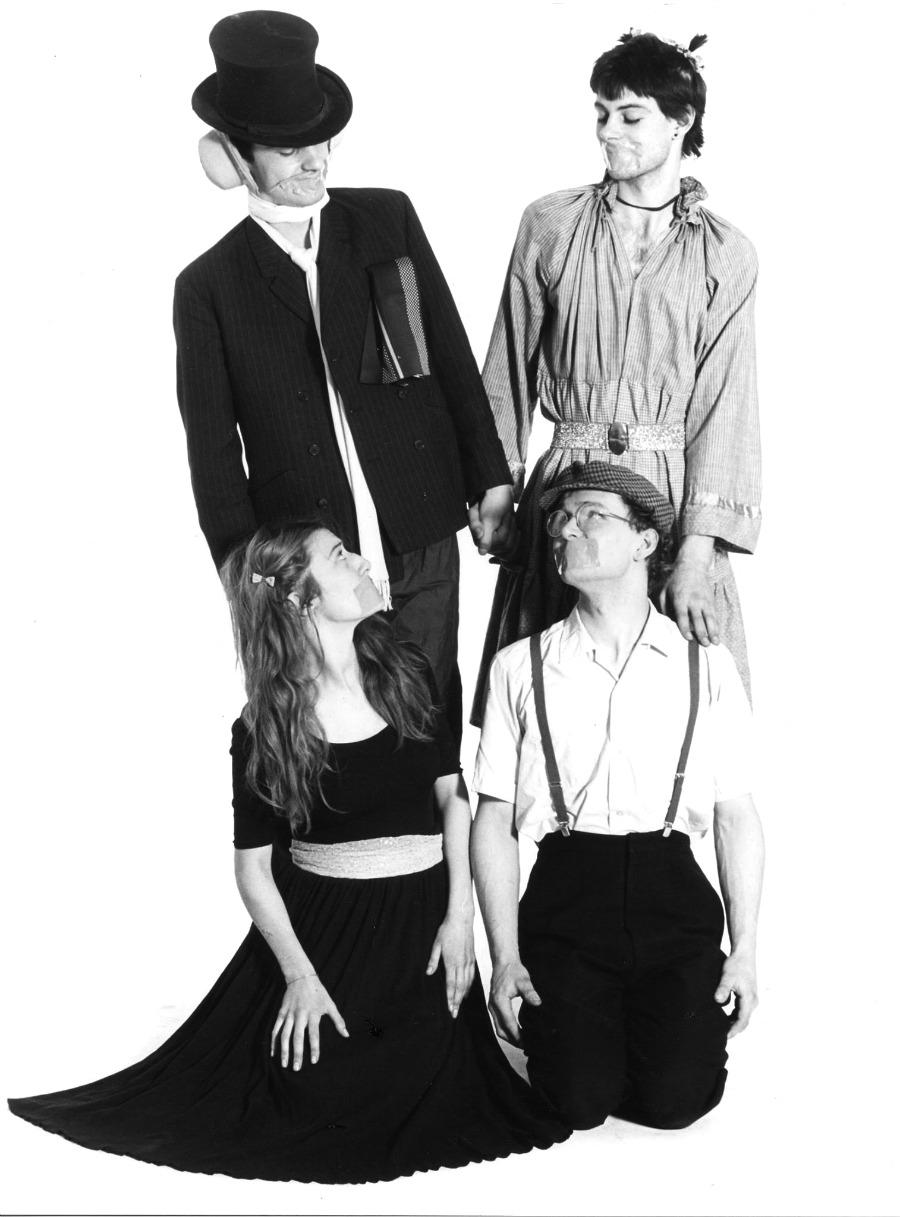 Family-Fodder-1980