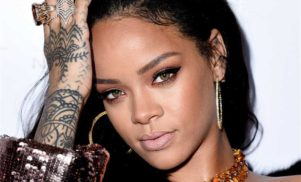 Rihanna to receive Michael Jackson award at the MTV VMAs