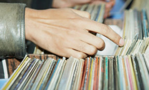 Vinyl buyers are lonely, middle-aged introverts, according to new study