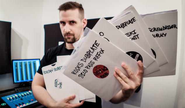Watch grime DJ Score5ive mix his most prized dubplates