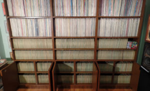 10,000-strong treasure trove of vintage vinyl goes to auction