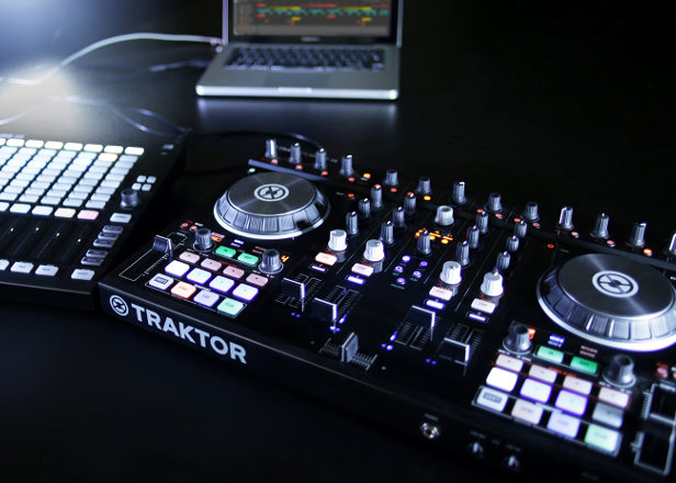 NI Maschine and Traktor now sync wirelessly with Ableton Link