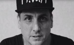 Kanye West producer Mike Dean is arguing with football fans who think he's a referee