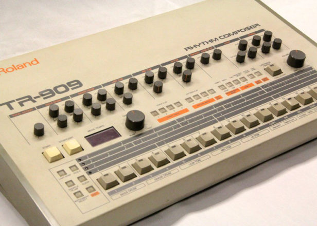 behringer 39 s analog drum machine to take inspiration from the 808 and 909. Black Bedroom Furniture Sets. Home Design Ideas