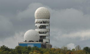 This free reverb plug-in gives you the sound of Berlin's famous cold war-era spy tower