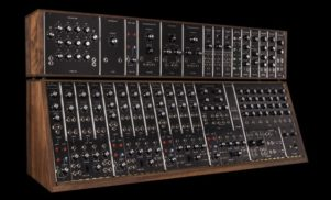 Moog is reissuing one of its earliest synths, the Synthesizer IIIc