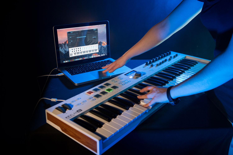 arturia releases affordable new midi keyboards keylab essential. Black Bedroom Furniture Sets. Home Design Ideas