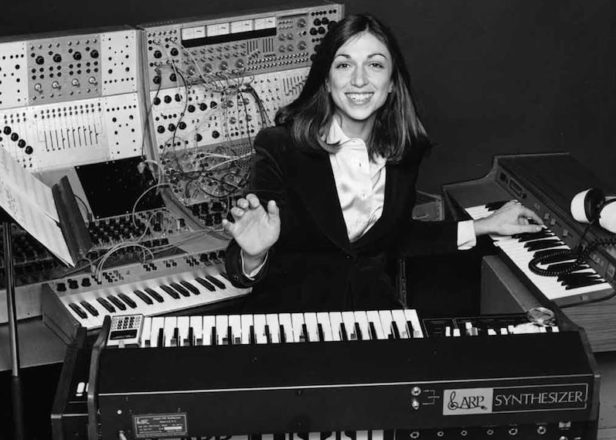 suzanne ciani joins brian eno and devo as recipient of moog innovation award. Black Bedroom Furniture Sets. Home Design Ideas