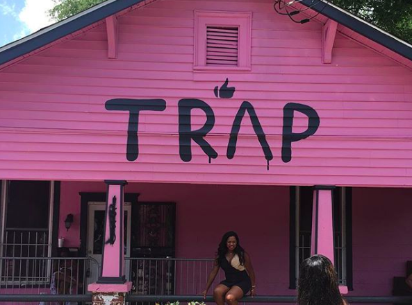 2 Chainz Turned His Pink Trap House Into A Free Hiv Testing Center