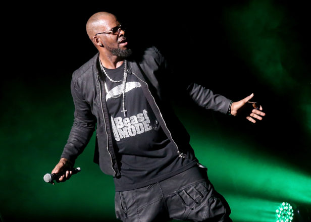 Spotify removes R. Kelly's music from official playlists