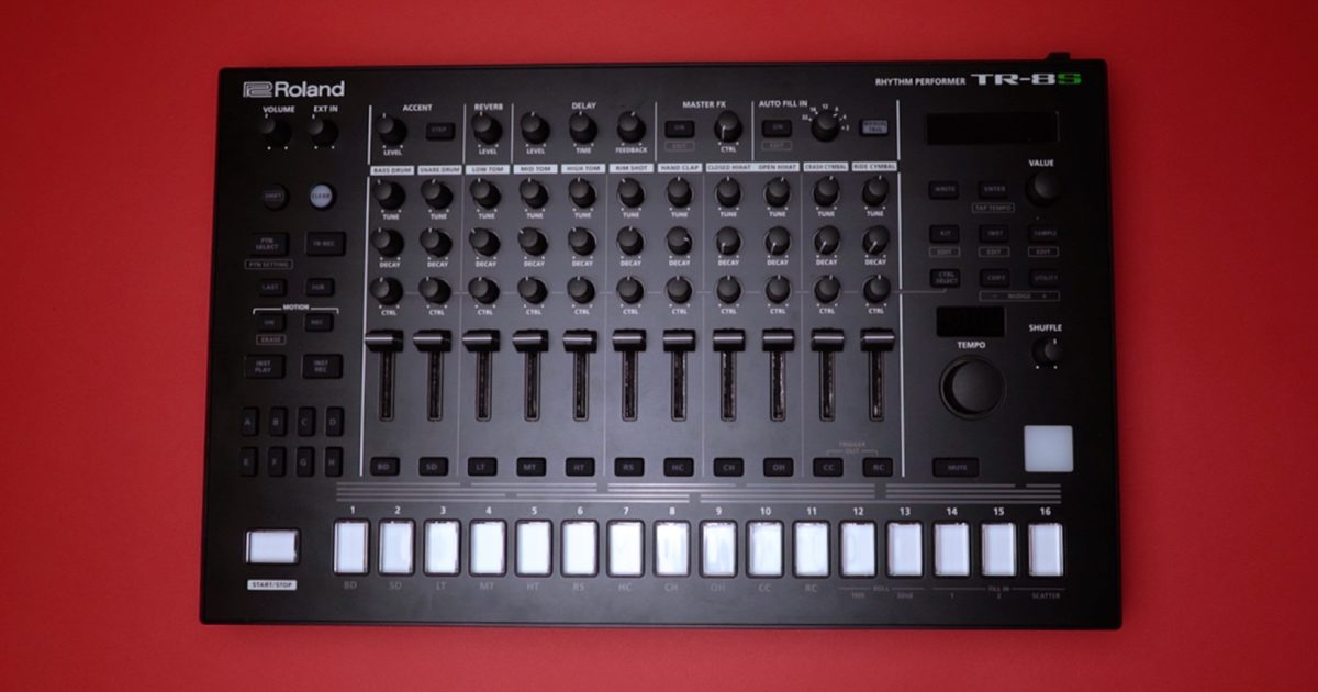roland tr 8s review an 808 909 and sample playing drum machine. Black Bedroom Furniture Sets. Home Design Ideas