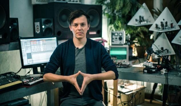 How To Make A Moritz Simon Geist Track (with robots)