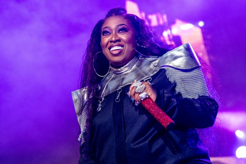 Portrait of Missy Elliott