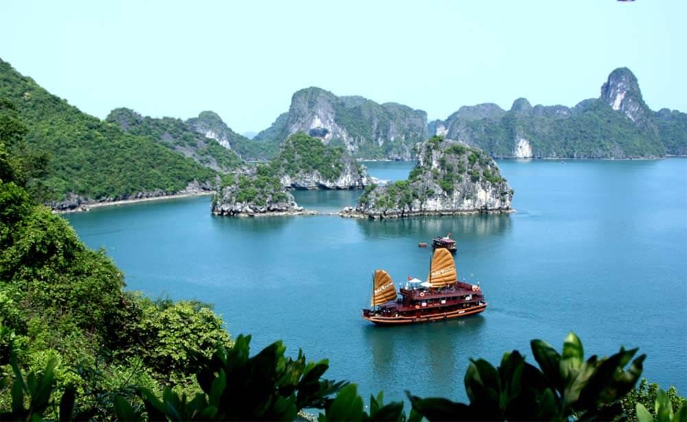 7 Shocking Cultural Faux Pas in Vietnam | FactSumo